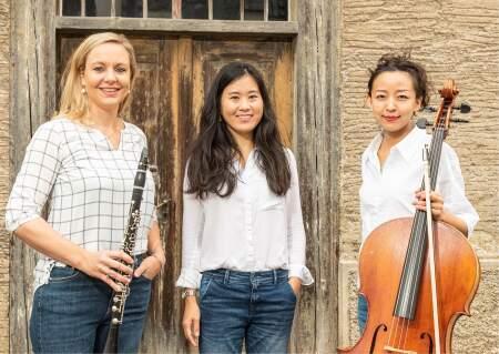 Trio Amane